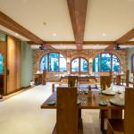 sanctum-restaurant-2