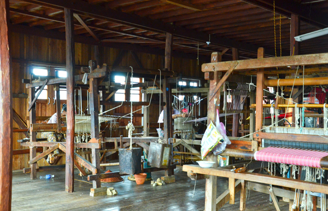 Sanctum Inle Myanmar Phaw Khone Weaving Workshops