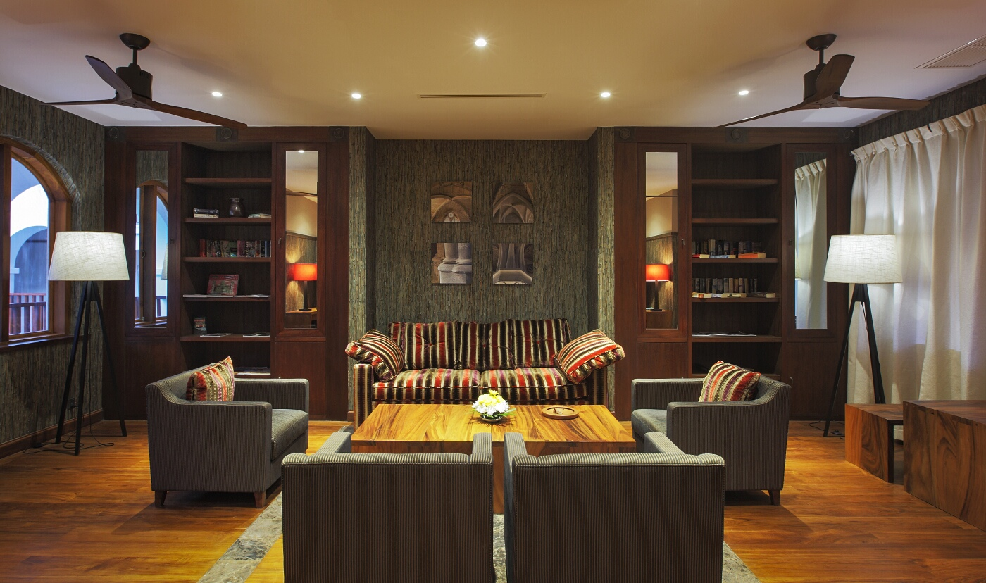sanctum-inle-resort-lobby-2