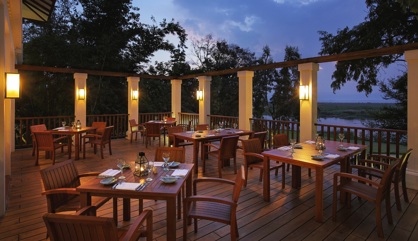 sanctum-inle-resort-restaurant-bar